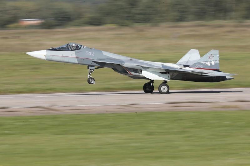 許多國家都對Su-57感興趣,其中也包括中國。(歐新社)