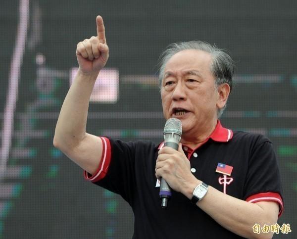 新黨主席郁慕明(見圖)批評,韓國瑜想重回馬英九路線,但「維持現狀」最後就是逃避問題、坐以待斃。(資料照)