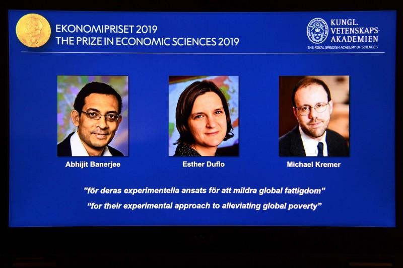 瑞典皇家科學院表示,美國麻省理工學院教授班納吉、美國麻省理工學院教授杜芙若,以及美國哈佛大學教授克雷默,獲得今年經濟學獎。(法新社)