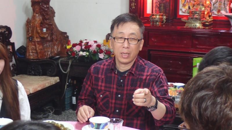 苦苓(見圖)強調中國早就體認「買台灣比打台灣便宜」,因此必須注意「主張統一、努力親中的人,而「芒果乾」(亡國感)就在這裡。(資料照,公視提供)