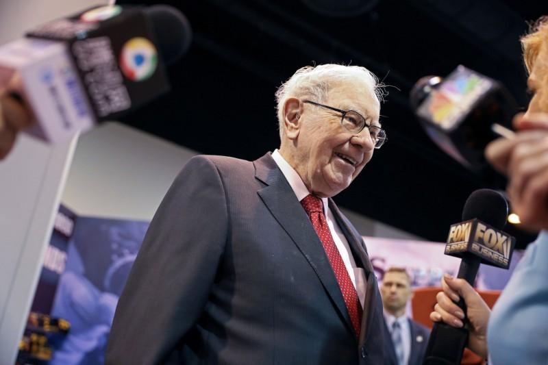 「股神」巴菲特一生捐贈總額達到驚人的388億美元(約新台幣1.2兆),相當於他身價的32%。(路透)