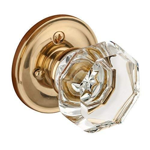 網友分享母親的訂婚戒指,有網友說,立體戒台搭配鑽石的造型,簡直就像老式門把。(圖擷取自Amazon)