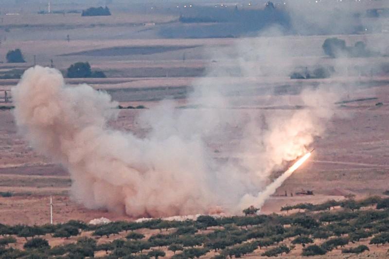 土耳其9日起出兵敘利亞北部庫德族民兵,庫德族死守邊界據點,雙方爆發激烈戰鬥。(法新社)
