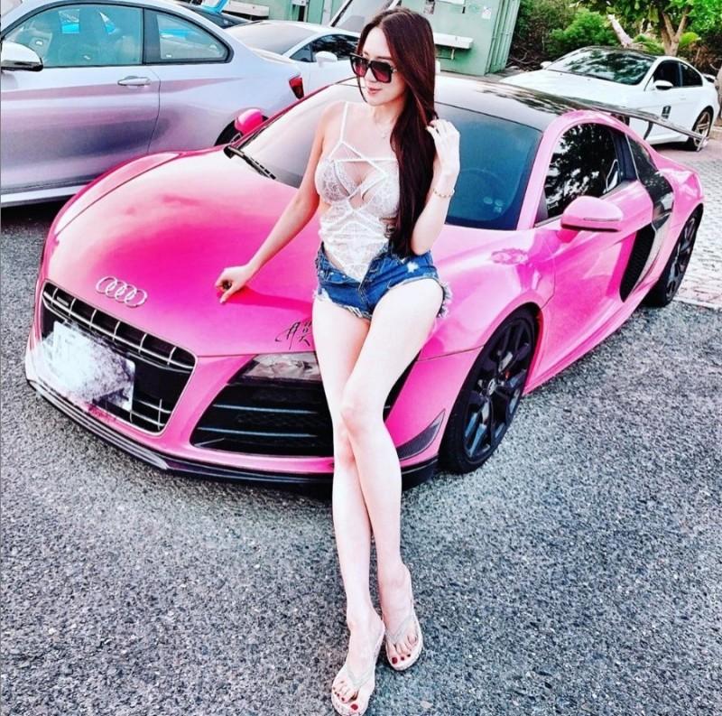 「子涵」捲入台北地檢署4年多前偵辦「太陽花女王」劉喬安的跨國仲介賣淫案。(翻攝自子涵IG)
