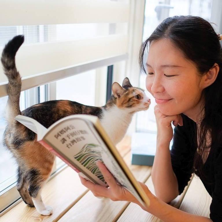 作家幸佳慧過世,她生前著作無數,讓台灣的孩子透過繪本更知道土地的事情,她用繪本發起一場屬於兒童的社會運動。(翻攝自幸佳慧粉絲頁)