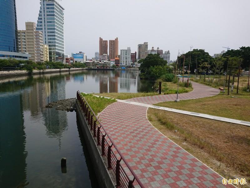 為台南運河盲段「去異味」投入1200萬找良方