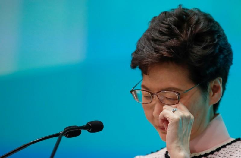香港研究協會的最新民調顯示,特首林鄭月娥的滿意度評分為1.95分,創下上任後最低分,3位司長也創新低。(路透)