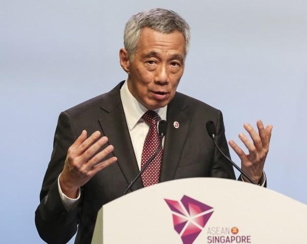 新加坡總理李顯龍針對反送中表示,示威者提出的「五大訴求」是為了羞辱及推翻香港特區政府,並稱無一項可作出妥協。(資料照,美聯社)