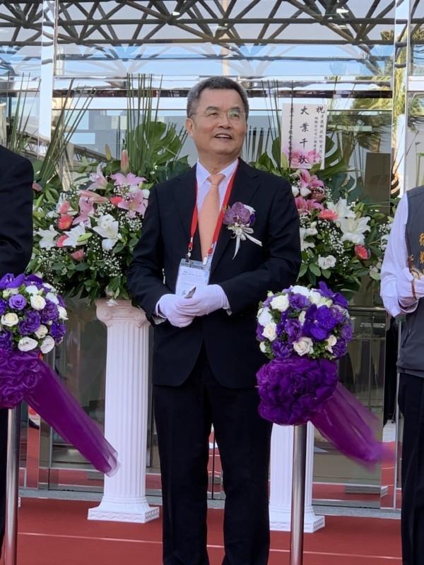 達邁銅鑼新廠落成 董座吳聲昌看好折疊手機與5G後市