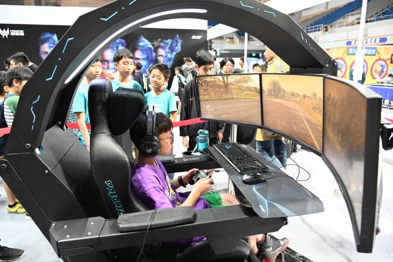 電競座艙體驗、樂高機器人挑戰賽 新北資訊科技教育展今明登場