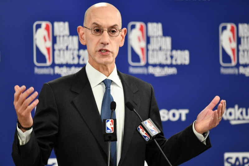 NBA總裁席爾瓦(Adam Silver)17日透露,中國政府和企業要求將休士頓火箭隊總經理莫雷莫雷開除,但這是不可能的,NBA不會處罰莫雷,也不會開除莫雷。(法新社資料照)