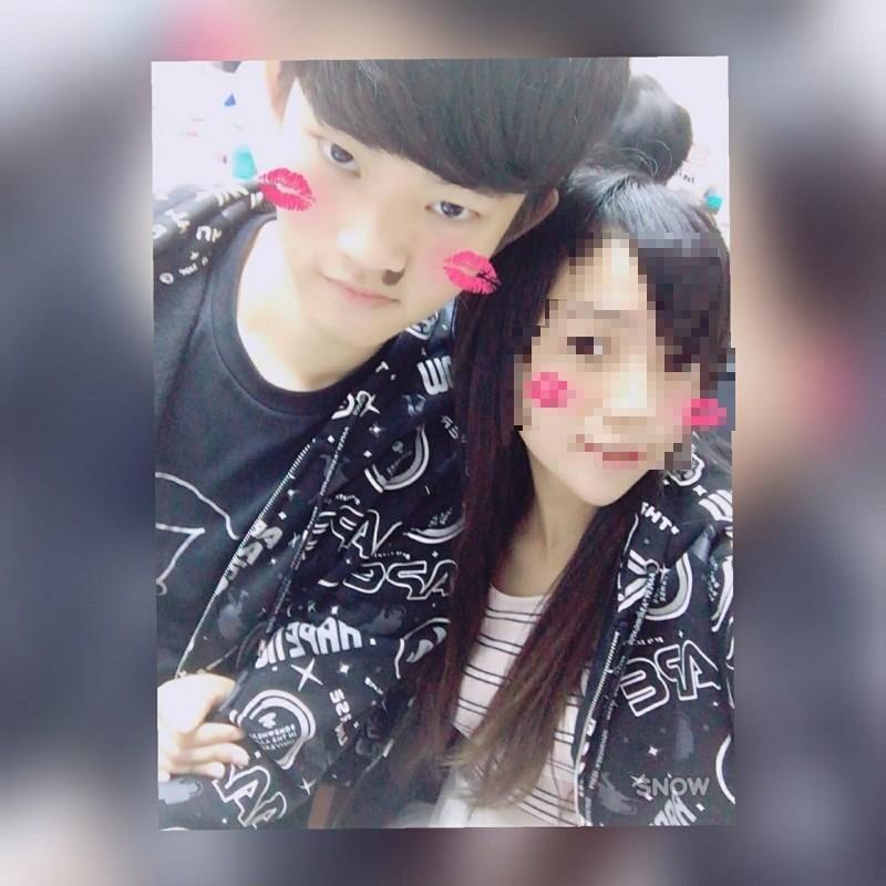 來台殺害女友的港男陳同佳(左)近日將出獄,傳有意願來台接受法律制裁,但希望不要判死。(擷取自臉書)