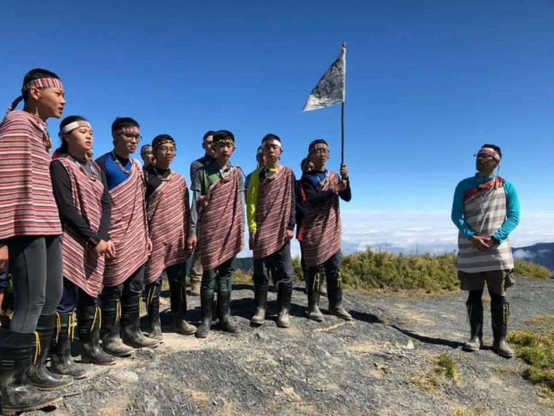 「山,我回來了」!烏來孩子探訪泰雅族聖山大霸尖山