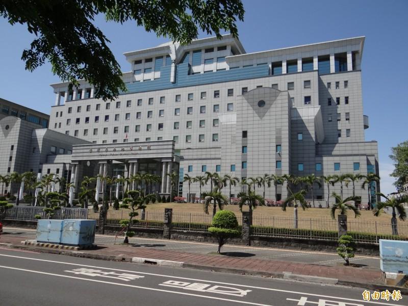 台南地院依詐欺取財罪判騙女友六十五萬元的莊姓男子一年二月徒刑。(資料照,記者王俊忠攝)