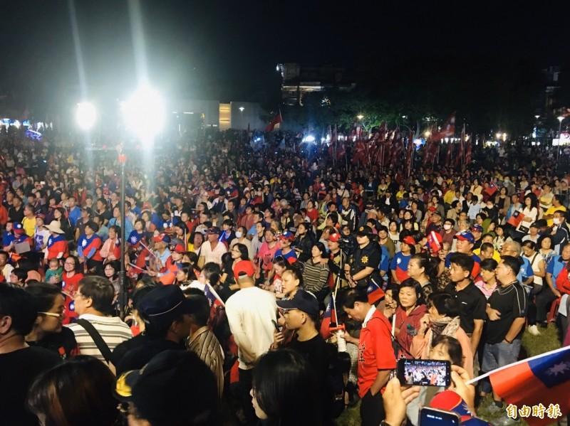 韓國瑜、傅大偉嘉義市後援會誓師大會,人氣很旺。(記者蔡宗勳攝)