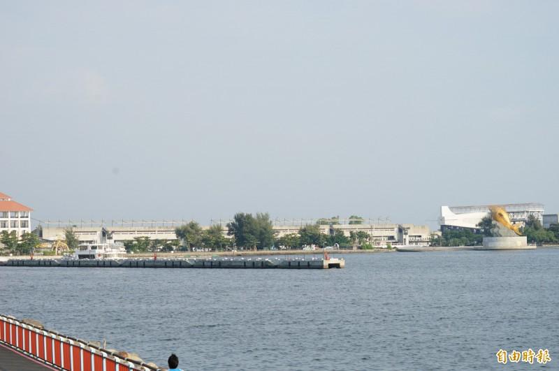 大鵬灣東岸的BOT開發區已停擺。(資料照,記者陳彥廷攝)