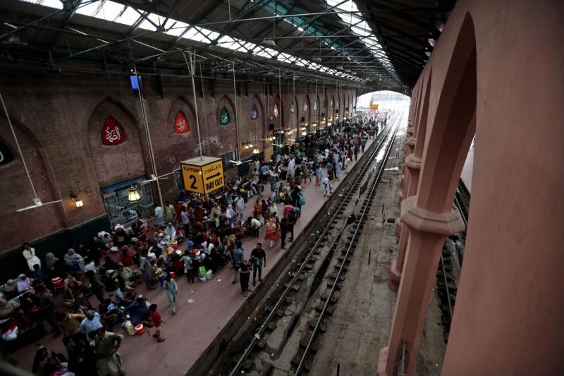 中國不愛巴基斯坦城市鐵路  傳日本有意接手