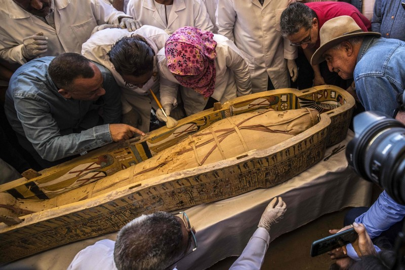 埃及南部古城勒克索附近出土30具近3千年前的木乃伊,當局表示這是近年來最重大的發現。(法新社)