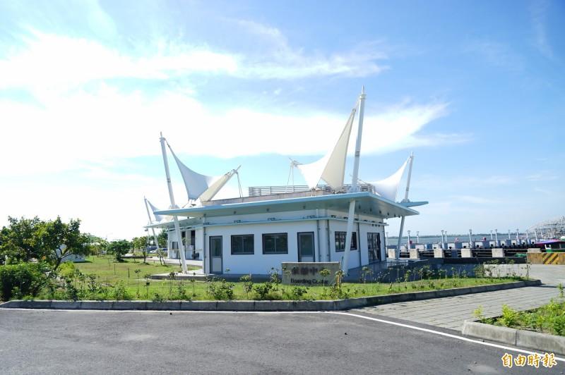 11月23日將請玖壹壹等樂團到大鵬灣遊湖船候船室旁開PARTY。(記者陳彥廷攝)