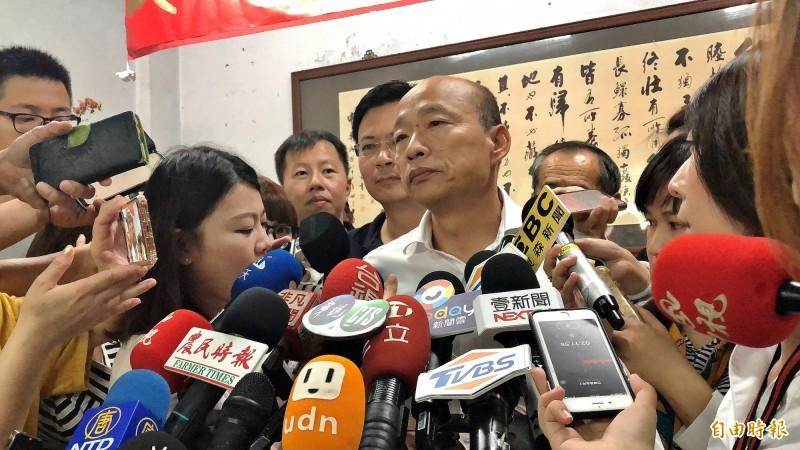 陳同佳案,韓國瑜再批蔡政府政策髮夾彎。(記者許麗娟攝)