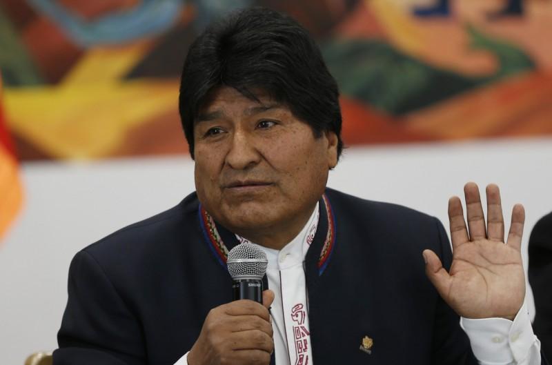 玻利維亞現任總統莫拉萊斯(Evo Morales)在今年大選再度取得勝利,但計票受到反對派質疑有舞弊情況,引發玻國多地衝突及罷工行動。(美聯社)