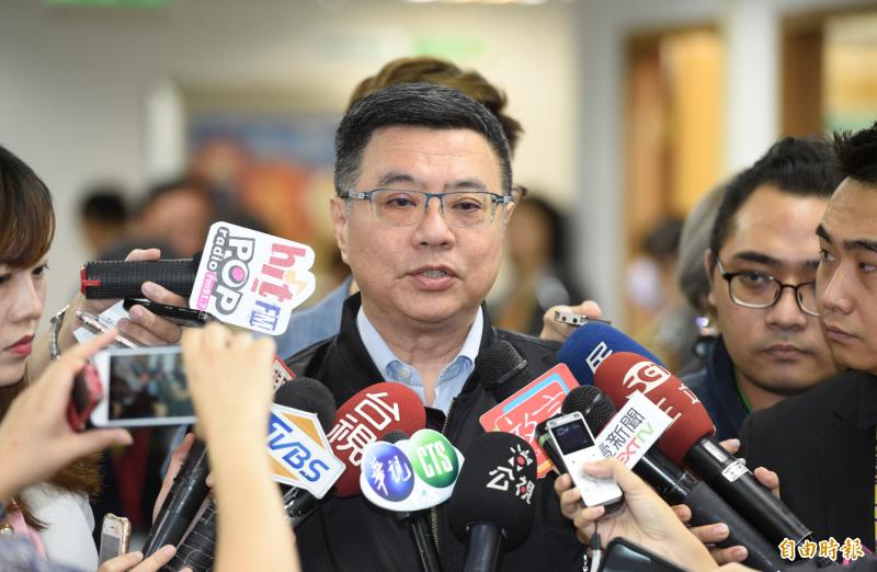 民進黨主席卓榮泰23日出席主持中執會,會前接受媒體訪問。(記者叢昌瑾攝)