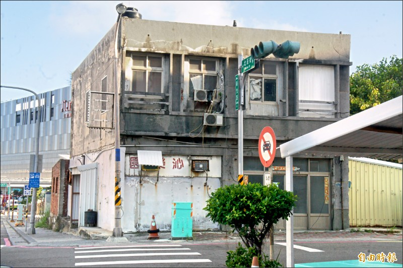 澎湖唯一公娼館沁樂園,因負責人離世吹起熄燈號。(記者劉禹慶攝)