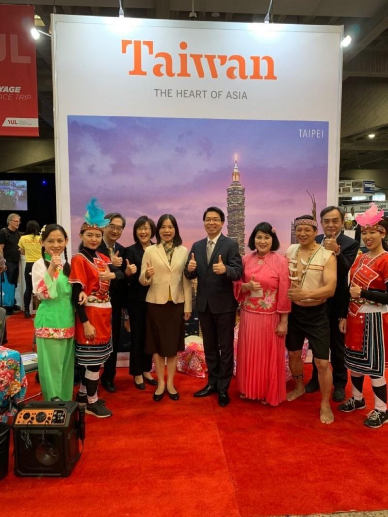 台灣參加蒙特婁旅展 推介台灣山脈旅遊。(觀光局提供)