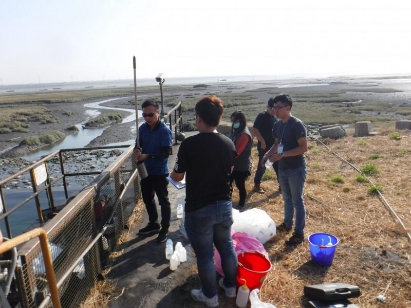 台中市環保局檢測中火10機組廢水污染物「硼」超標24~28倍。(圖環保局提供)