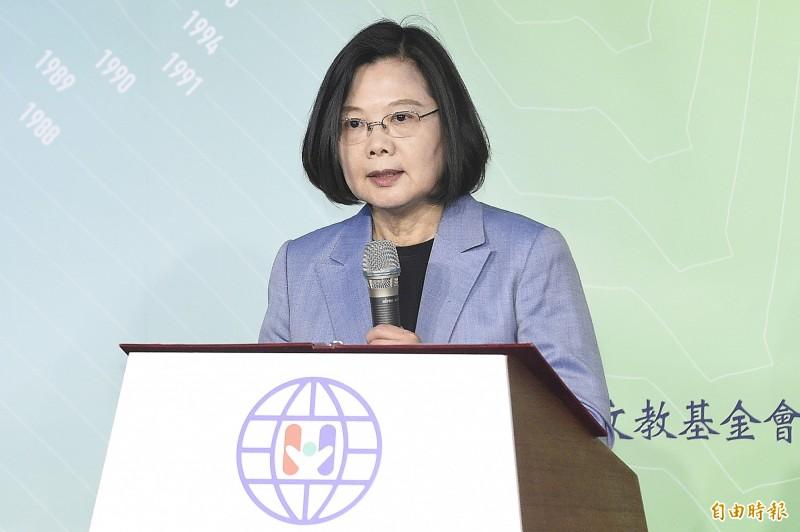 台灣民意基金會民調︰蔡51.3%大勝韓33.9%
