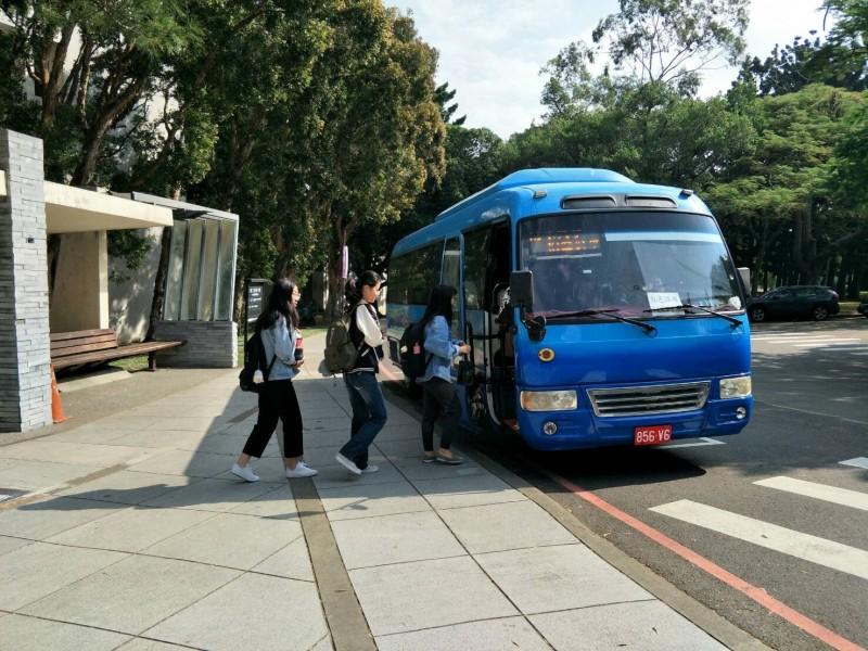 新竹市全新公車路線「83路」將於11月1日上路,串連清華大學光復校區與南大校區。(記者蔡彰盛翻攝)
