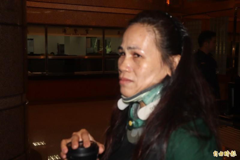 普悠瑪傷者古秀琴談到再次搭火車的經驗,淚崩痛苦。(記者林敬倫攝)