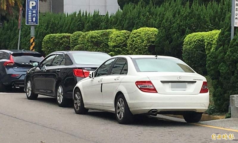 警方處理交通違規案件,很多資訊都來自民眾檢舉。(記者謝武雄攝)