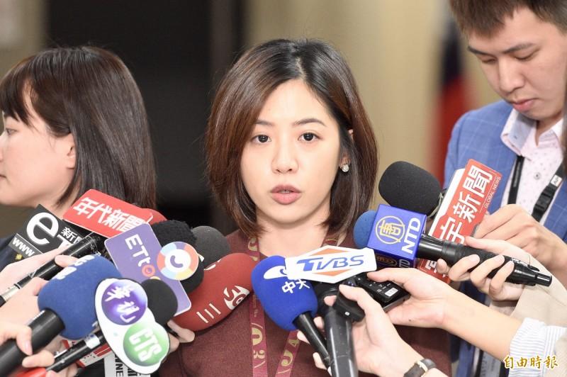 台北市政府副發言人黃瀞瑩今接受媒體訪問。(記者叢昌瑾攝)
