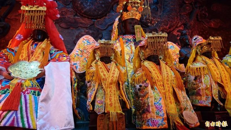六甲恒安宮的大媽、二媽、三媽和湄洲媽祖神像都會出門遶境。(記者楊金城攝)