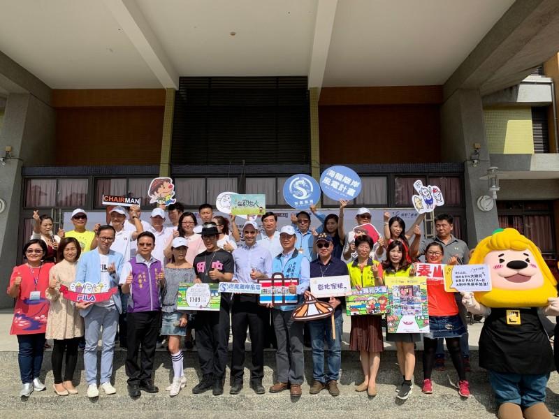 在彰濱外海開發離岸風電的海龍團隊,今年不缺席這場國際賽事,首次贊助賽事物資。(海龍團隊提供)