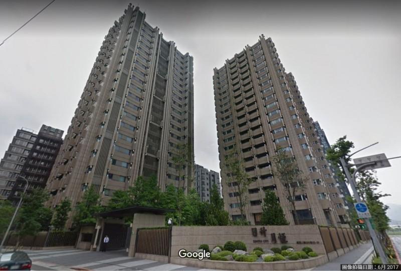 國民黨總統提名人韓國瑜被爆曾在失業期間買下台北市南港7200萬豪宅。(圖擷取自Google街景)
