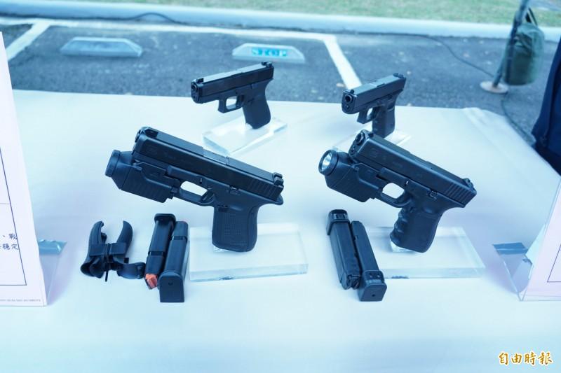克拉克手槍。(記者涂鉅旻攝)