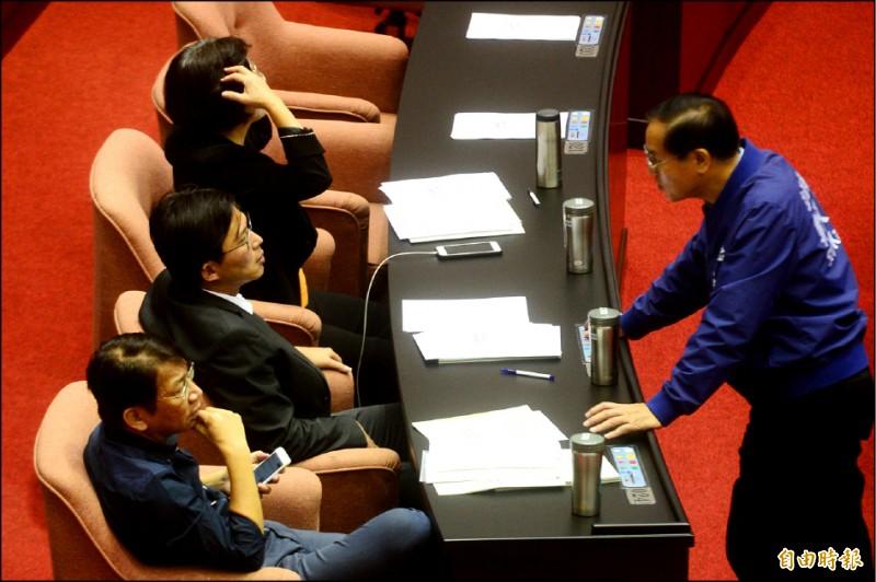 立法院院會處理議事日程表決。(記者王藝菘攝)