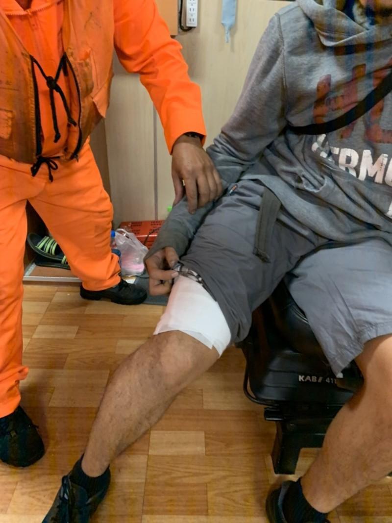 菲籍船員經查傷勢為二度燙傷,經治療後暫無大礙。 (花蓮海巡提供)
