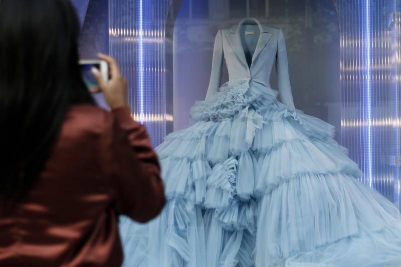 香港婚界發出聯合聲明,成立周梓樂獨立調查小組前拒接員警婚禮。(彭博)
