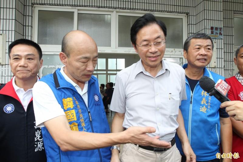 陳芳明諷刺說,張善政(右二)與韓國瑜(左二)簡直是「天作之合」。(資料照)