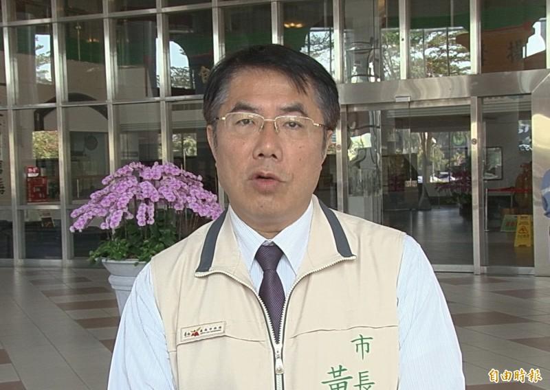 台南市長黃偉哲表示,張善政對韓國瑜而言,是一張好牌。(記者蔡文居攝)