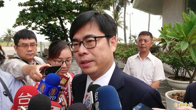 港警直接朝民眾開槍,副行政院長陳其邁(見圖)怒批,香港政府放任警隊攻擊市民就是「暴政」。(資料照)