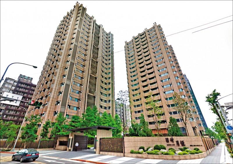 房產業者指出,投資房地產有賺有賠,但韓國瑜購買「日升月恆」案最大的爭議在於台肥提供融資兩成,還款年限設定五至卅年,甚至房貸年限一樣久,這是異於常理。(圖:Google街景)