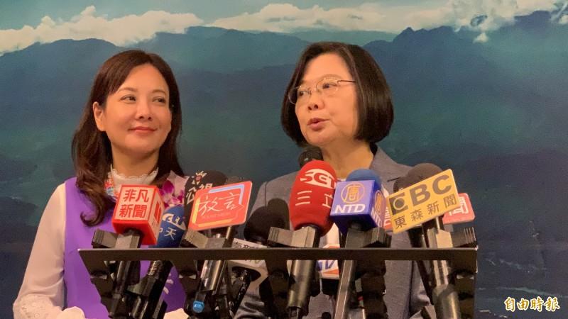 蔡英文總統呼籲韓氏夫婦言行不應低俗。(記者許倬勛攝)