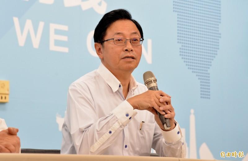 針對香港警察昨日再度對人民開槍,國民黨副總統參選人張善政今日受訪表示「不樂見」。(記者許麗娟攝)