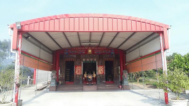 託夢信眾,指稱小英當選總統的玉皇宮,在新化與龍崎交界山區。(記者吳俊鋒翻攝)