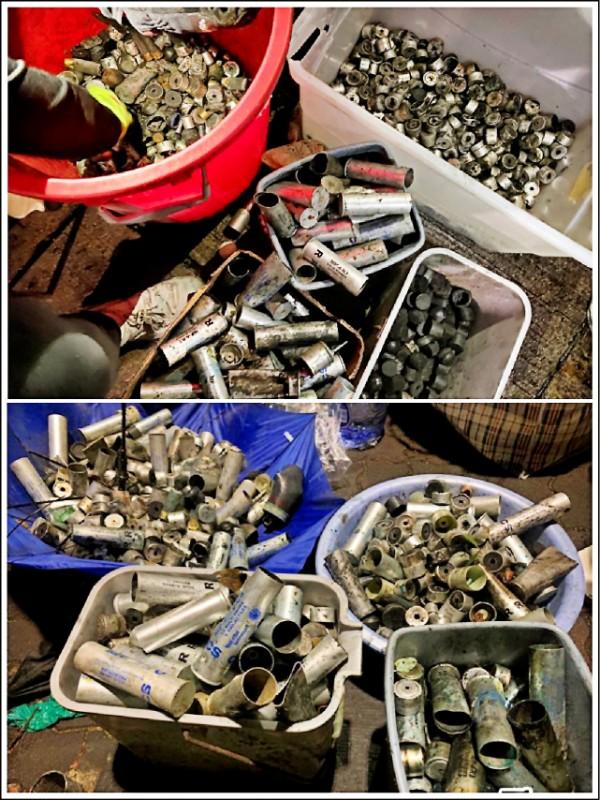 根據中大學生撿獲的各式彈殼統計,12日警方發射多達2356枚彈藥。(取自網路)