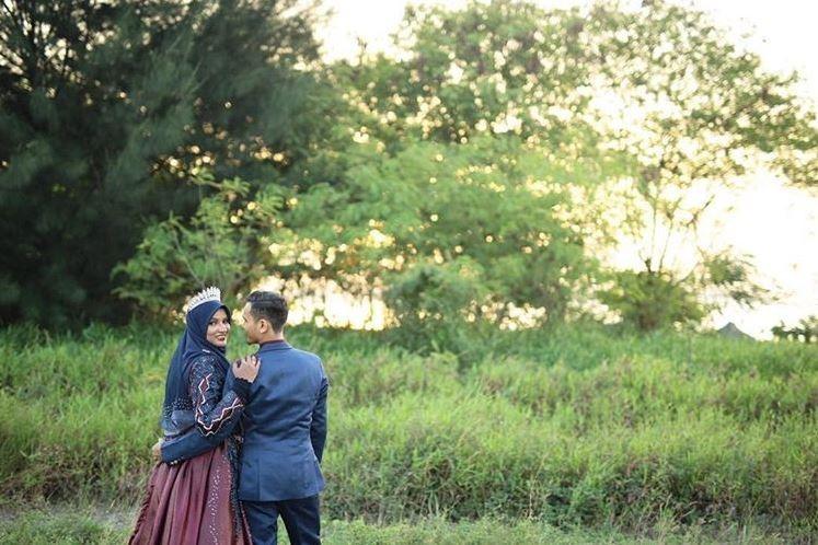 沙哈丹高中就放話「以後一定娶妳」,當時的艾莎並不以為意。(圖擷自muhdhazim278 IG)